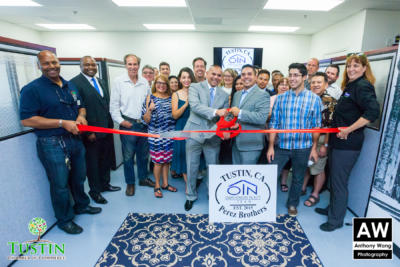 170810 Own It Now Ribbon Cutting 0038