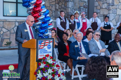 171025 Stater Bros Ribbon Cutting 0026