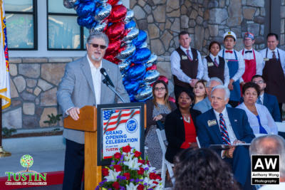 171025 Stater Bros Ribbon Cutting 0032