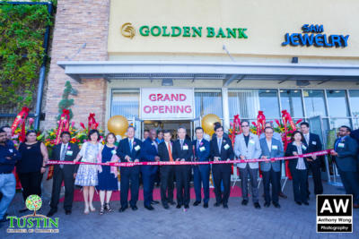 171026 Golden Bank Ribbon Cutting 0036