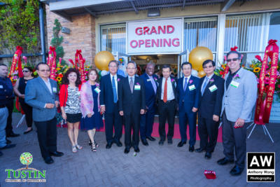171026 Golden Bank Ribbon Cutting 0047