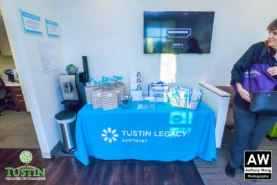 171109 Tustin Legacy Dentistry Ribbon Cutting 0006