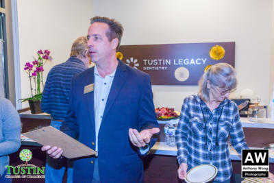 171109 Tustin Legacy Dentistry Ribbon Cutting 0013