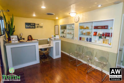 171115 Before and After Skin Care Ribbon Cutting 0015