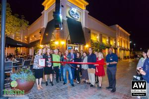 Bar Louie Ribbon Cutting
